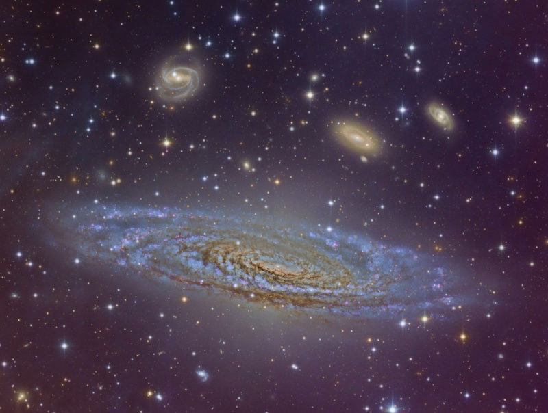 Galaxy: Courtesy of Nasa